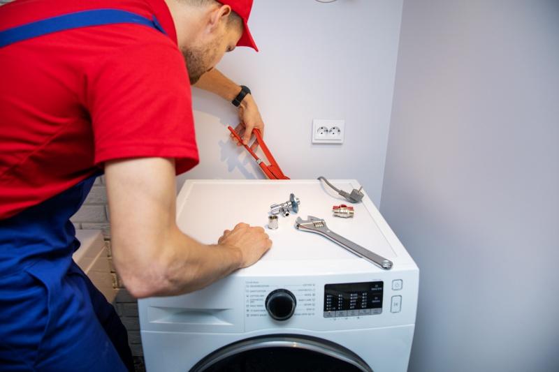 İndesit çamaşır makinesi bütün ışıkları yanıp sönüyor